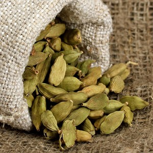 Cardamom Essential Oil, Premium Hydrodiffused